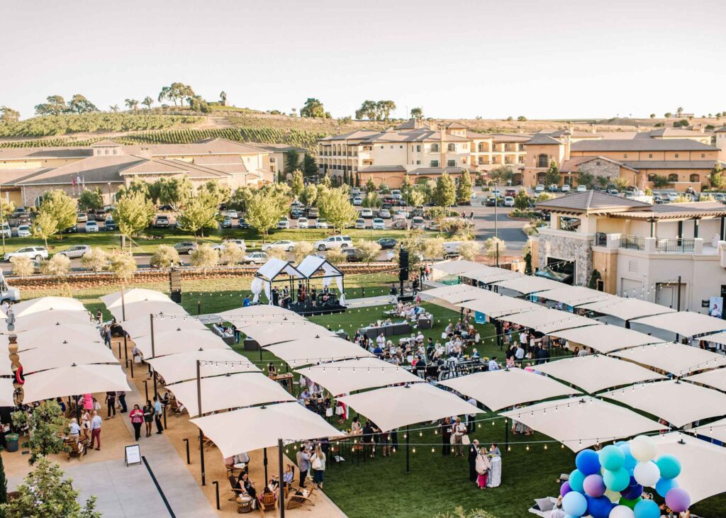 Live music event on The Lawn presented by Meritage and Vista Collina in Napa